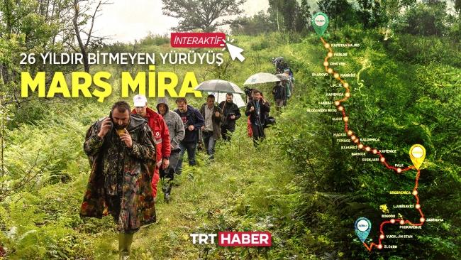 """Türkiye'den 50 gönüllü """"Barış Yürüyüşü""""ne katıldı"""