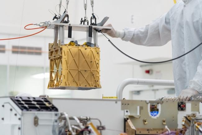 MOXIE Cihazı | Fotoğraf: NASA/JPL - RYAN LANNOM via AFP
