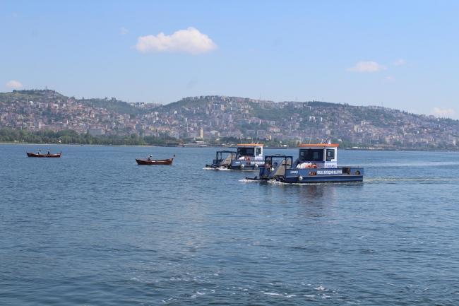 Müsilaj kısmen temizlendi, balıkçılar ava çıktı