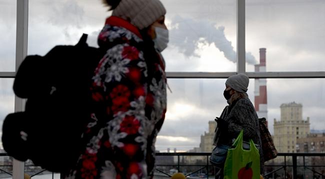 Rusya'da yeni vaka rekoru: 21 bin 983 kişi
