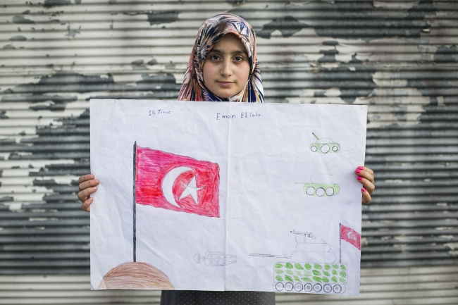 Suriyeli çocuklar 15 Temmuzda Yaşananları Resmetti