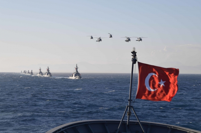 Türkiye, farklı zamanlarda Doğu Akdeniz'de çeşitli büyüklüklerde tatbikatlar düzenliyor.