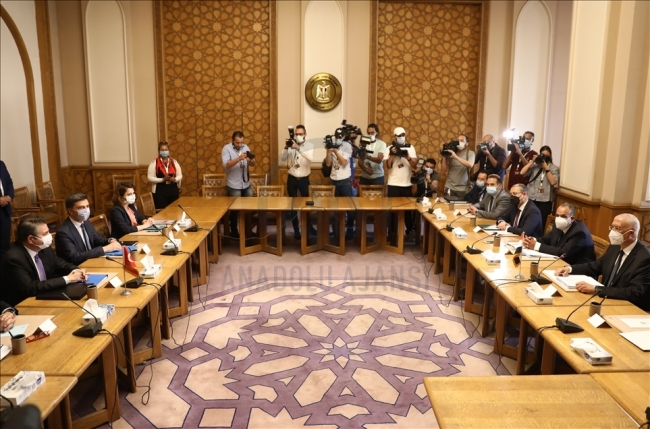 Dışişleri Bakan Yardımcısı Sedat Önal  ve beraberindeki heyet, resmi temaslarda bulunmak üzere Mısır'ın başkenti Kahire'de. Fotoğraf: AA