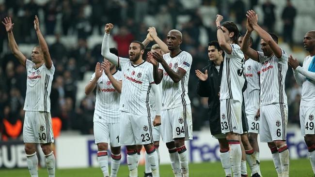 Olympiakos - Beşiktaş maçı CANLI izle TRT 1 (UEFA Avrupa Ligi)