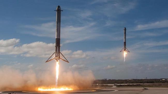 Uydular Space X firmasına ait Falcon 9 roketleri ile fırlatılacak. Fotoğraf: AA