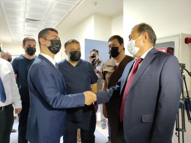 Türkiye'nin kurduğu Kırgız-Türk Dostluk Hastanesi hasta kabulüne başladı